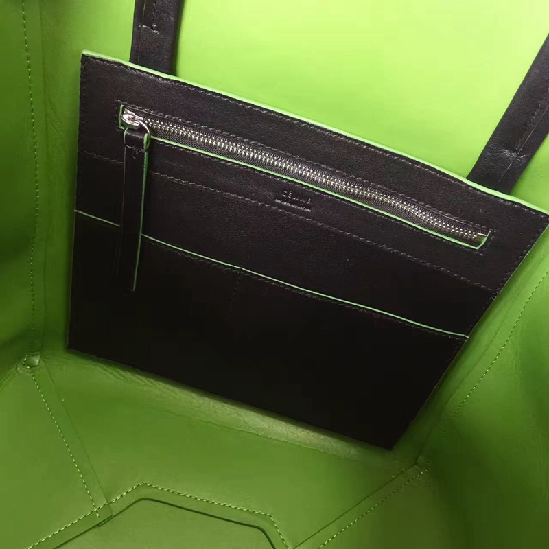 Celine Small Cabas Phantom With Tassels In Black Leather - Click Image to Close